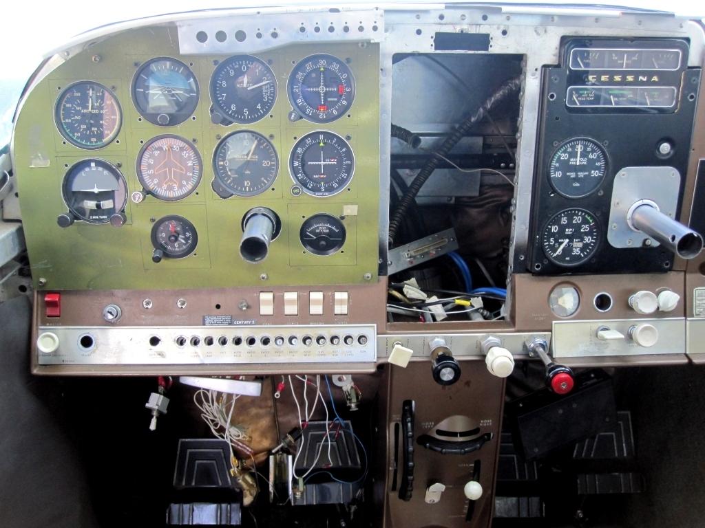 N2879F - C-182